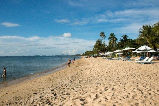 La Veranda Resort Phu Quoc - MGallery Collection: Strand vor dem Hotel