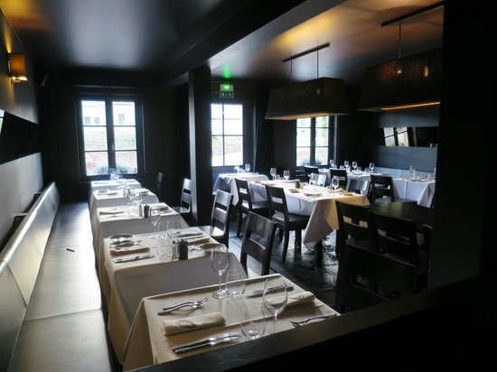 Chez Odette : Main dining room