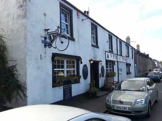 The Fintry Inn: Inn Outside