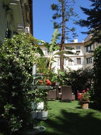 Hotel Villa Rivoli : small garden