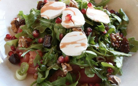 Ragafellows: The Agatha - goat's cheese, rocket, figs, tomato, walnuts with pomegranate dressing.