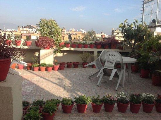 Kathmandu Grand Hotel: Terrasse im fünften Stock
