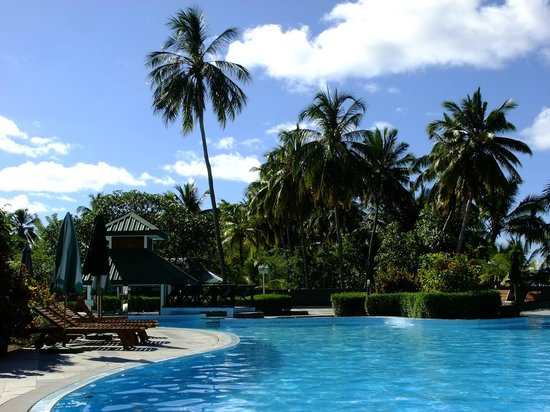 Equator Village: Swimming pool area