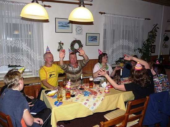 Pension Panorama: enjoy our food and drinks and have fun with friends