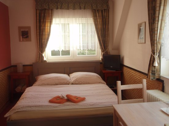 Pension Panorama: all rooms with en-suite bathroom, TV and free WiFi