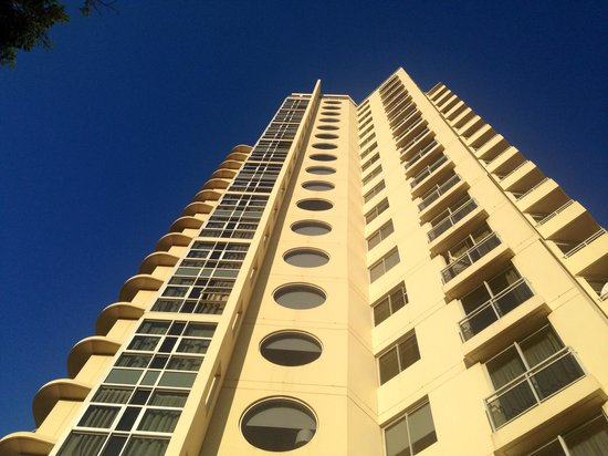 Meriton Suites Bondi Junction: Exterior