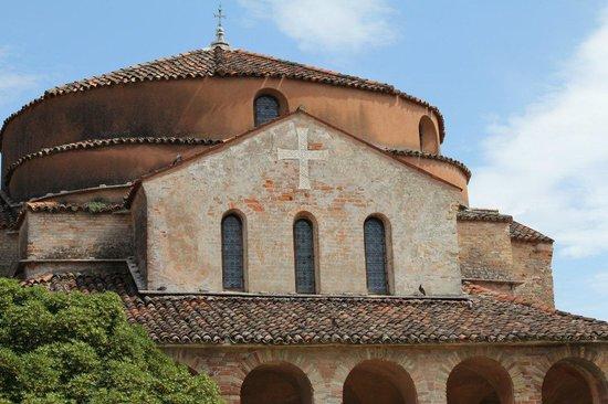 Torcello, Italy: церковь Санта Мария Ассунта (Вознесения Девы Марии)