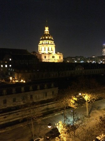 Hotel de l'Empereur : View at night