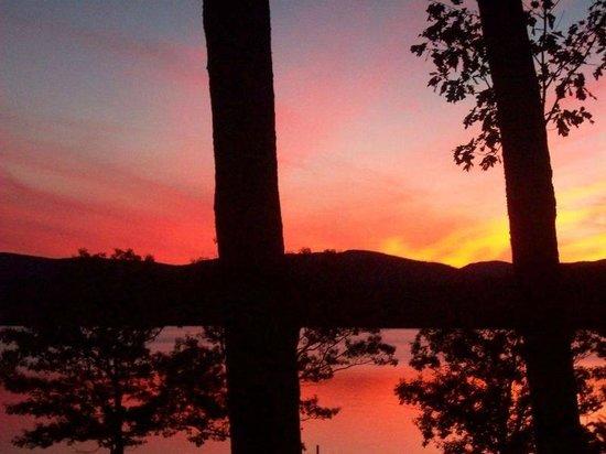 Newfound Lake: Spectacular sunset