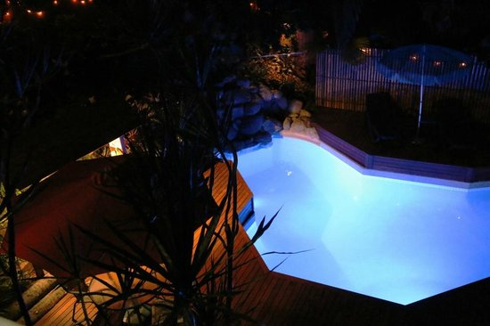 Le Cher Du Monde: The gorgeous pool