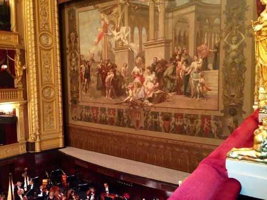 National Theater : Vista dal palco 12 - Piano primo