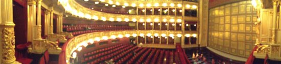 National Theater : Panoramica dal palco 12