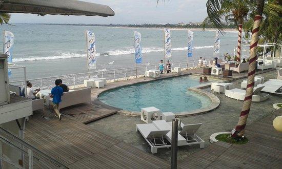 Home@36: Kolam renang ocean27 (tamu @36 boleh renang d sini)