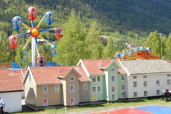 Lilleputthammer Amusement Park: Husene i Lilleputthammer