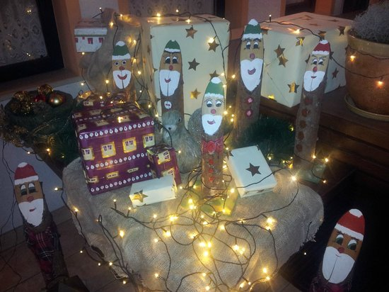 Hotel-Pension Tripic: Christmas decoration
