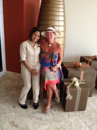 Secrets Royal Beach Punta Cana: Avec Carmen ma bonne fée pour l'anniversaire de maman