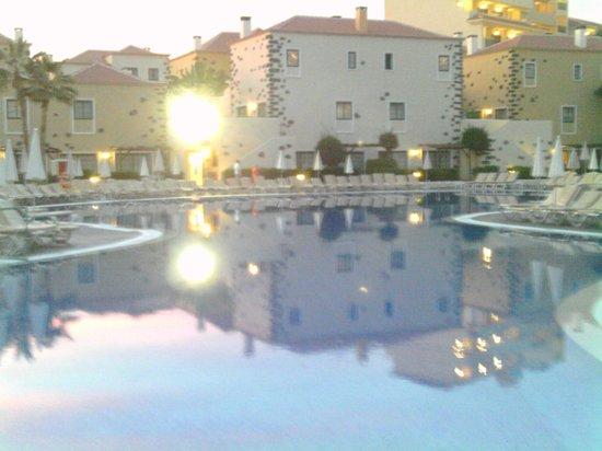 Hotel Isabel: Main Pool