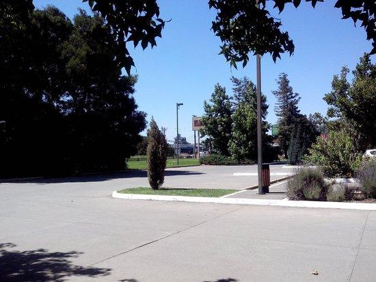 Diego de Almagro Los Angeles: Estacionamiento