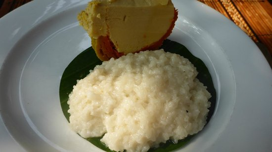 3 Nagas Restaurant : mango sticky rice and pumpkin mouse