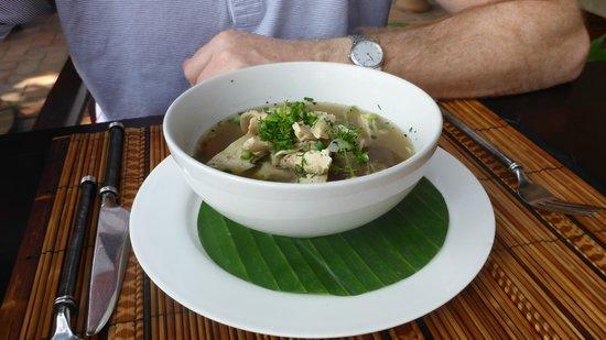 3 Nagas Restaurant: soup