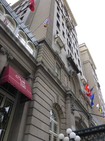 The Fairmont Palliser: Exterior