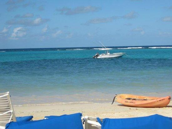 Jewel Dunn's River Beach Resort & Spa, Ocho Rios,Curio Collection by Hilton: Beautiful beach at the Jewel