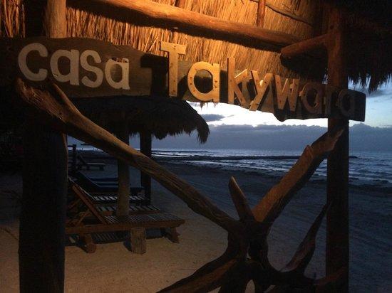 Casa Takywara: Dusk at the Beach