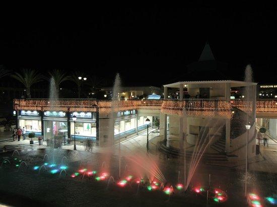 Hotel Best Tenerife: View towards Shops