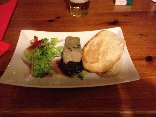 Llancadle, UK: The Green Dragon Inns pate starter - home made mmm