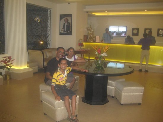 Karma Royal Palms : Awesome Reception sitting