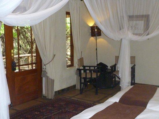 Moholoholo Forest Camp: Schöner Wohnen - im Forest Camp sicher der Fall.