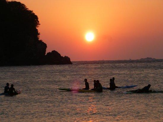Marubun : 弓ヶ浜海岸からの初日の出