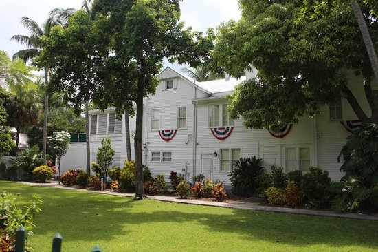 Harry S. Truman Little White House : as you enter