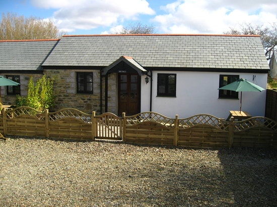Hallagenna Farmhouse & Cottages: Old Barn Cottage