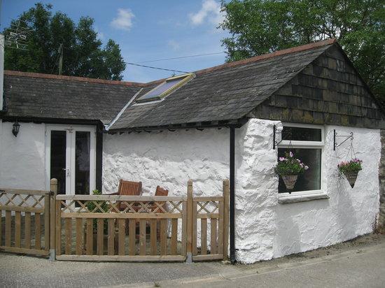 Hallagenna Farmhouse & Cottages: Old Dairy Cottage