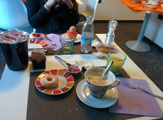 Garni Seventy Design Rooms: colazione