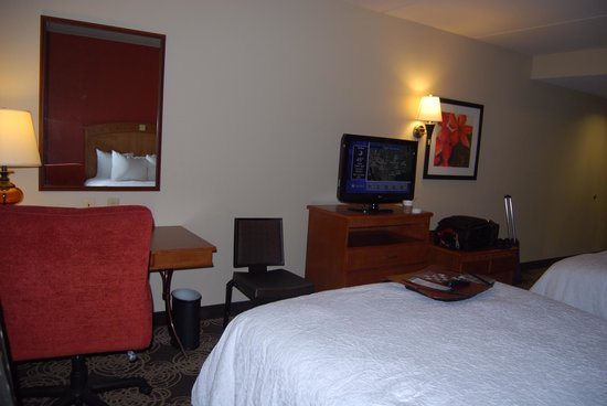 Hampton Inn and Suites - Dallas Allen: Room 417