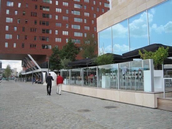 Lantaren Venster: The terrace of the café