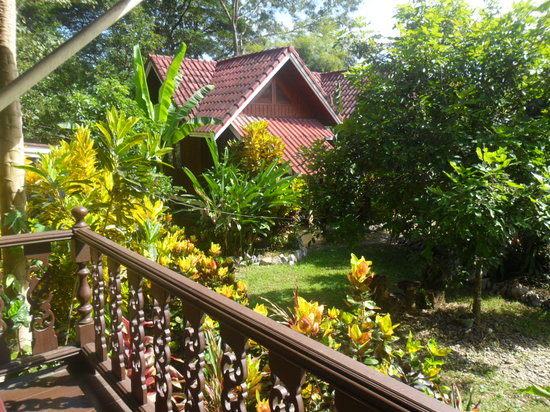 Vang Vieng Boutique Resort : View from upstairs balcony
