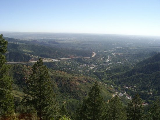 Manitou Springs Incline : view