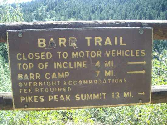 Manitou Springs Incline : Barr Trail Info