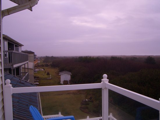 Judith Ann Inn : Another view from the deck