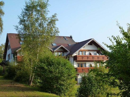 Landhaus Sonnenhof: Hauptgebäude mit Zimmern und Tagungsbereich