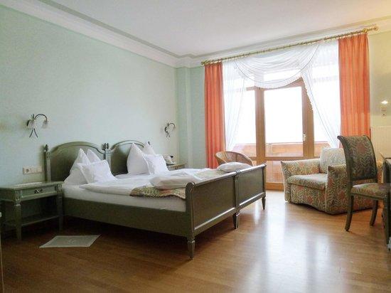 Landhaus Sonnenhof: Zimmerbeispiel mit Twin-Betten
