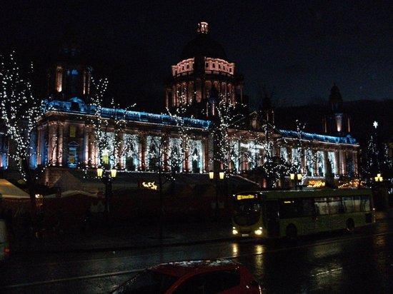 Europa Hotel - Belfast : Belfast city Hall at Christmas