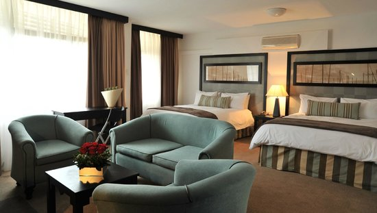 Indaba Lodge Richards Bay: Deluxe Room lounge