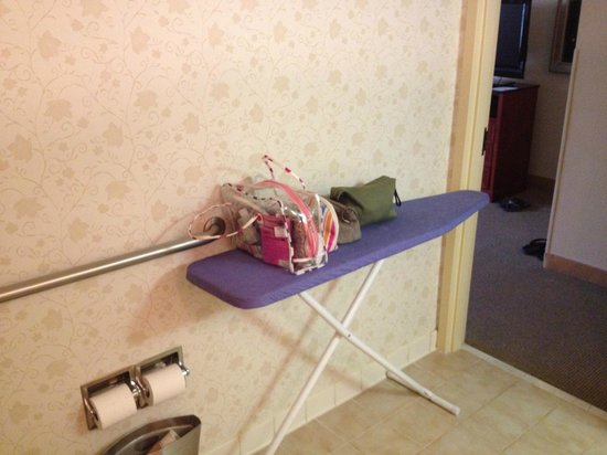 Hilton Orlando Altamonte Springs: Set up ironing board for counter space