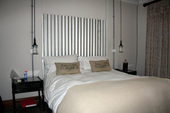 Tsitsikamma Village Inn : room