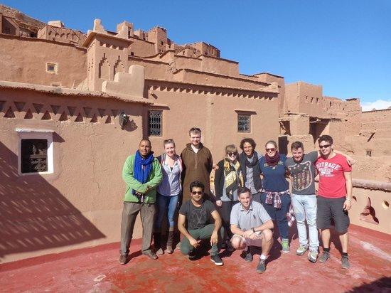 Maison d'hote Hajja : Omar with students