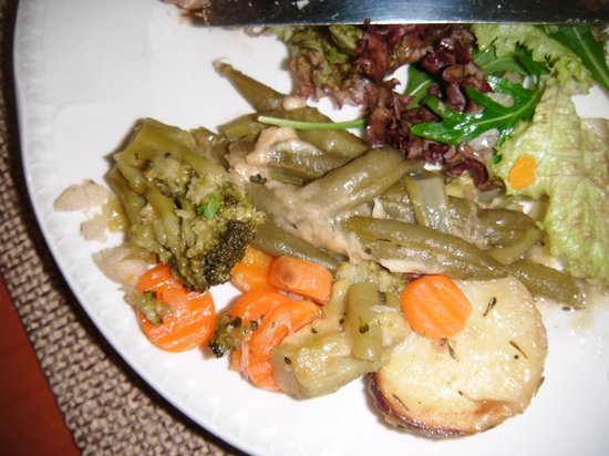 Solana Hotel: mushy over-cooked frozen veg